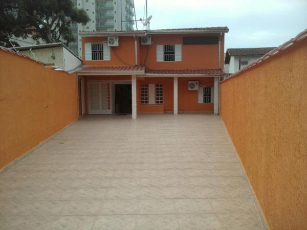 Caraguatatuba Imóvel com renda venda Centro