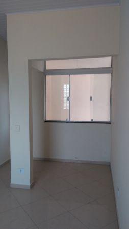 Casa Padrão Praia das Palmeiras 4 dormitorios 2 banheiros 3 vagas na garagem