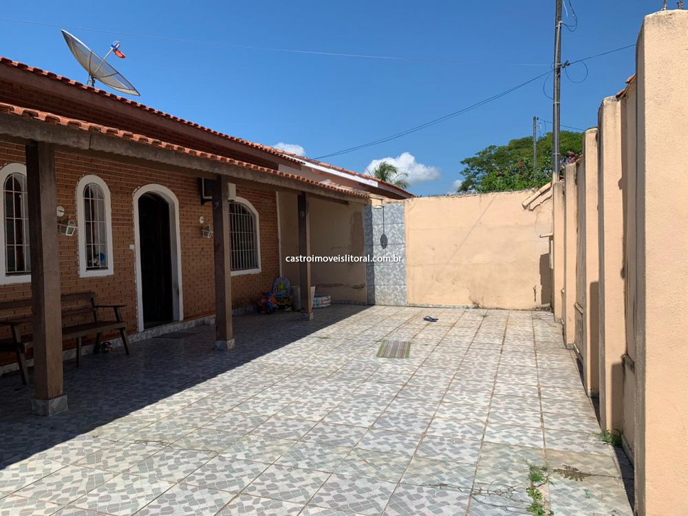 Casa Padrão jardim das palmeiras 2 dormitorios 2 banheiros 6 vagas na garagem